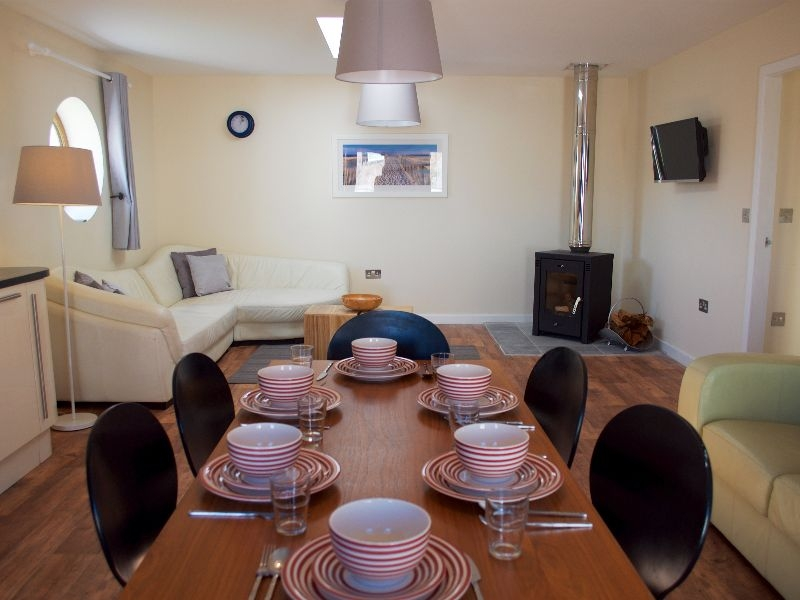 Porthole Cottage Allonby living dining room